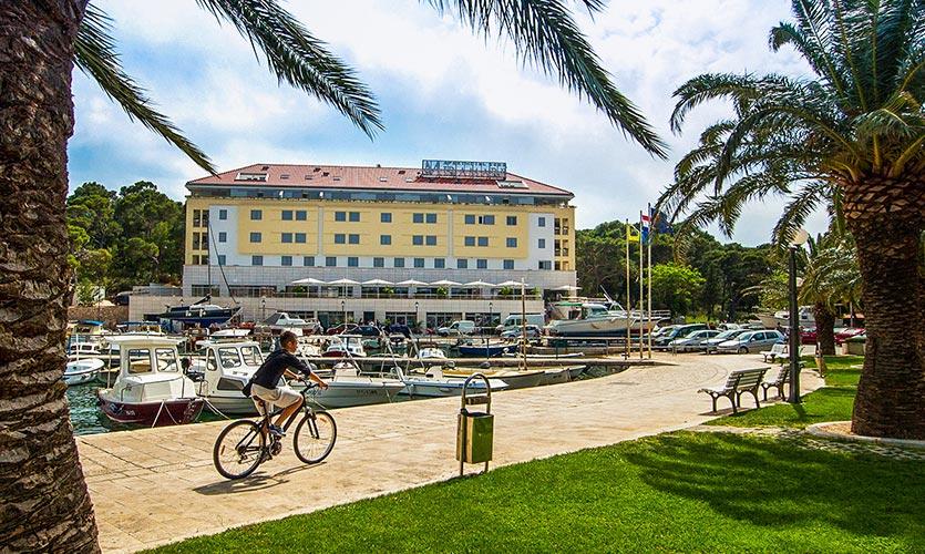 Apart_Hotel_Miramare.jpg