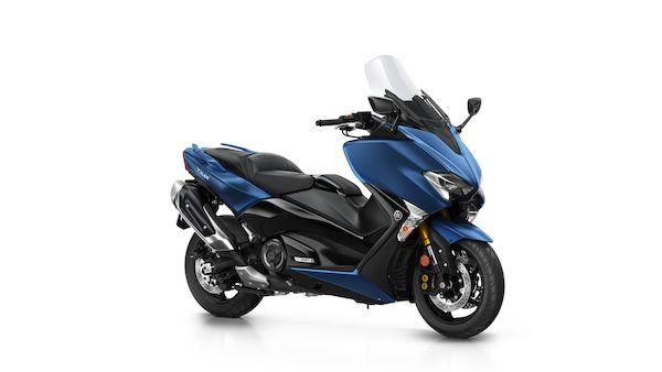 2018-Yamaha-XP500DX-EU-Phantom_Blue-Studio-001-03_Mobile.jpg