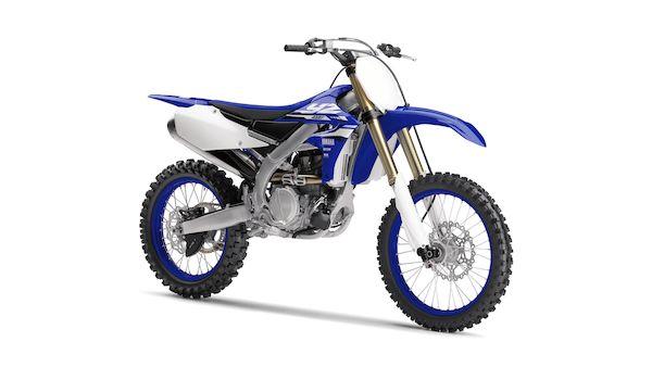 2018-Yamaha-YZ450F-EU-Racing_Blue-Studio-001-03_Mobile.jpg