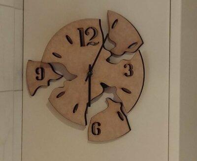 Izrez za uro iz MDF plošče